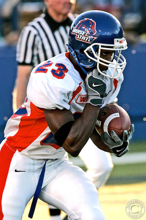 Highlights of the 2004 Boise State football season.