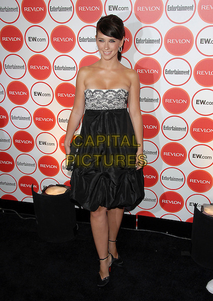 JENNIFER LOVE HEWITT .attends The Entertainment Weekly Pre-Emmy Party held at Republic in West Hollywood, California, USA,.August 26, 2006..full length black and white strapless beaded dress clutch bag shoes lace.Ref: DVS.www.capitalpictures.com.sales@capitalpictures.com.©Debbie VanStory/Capital Pictures