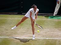 24-06-11, Tennis, England, Wimbledon, Virginie Razzano