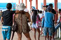 PA Ilha do Marajó da Caixa atende a população em Soure.<br /> Barco da Caixa  para atendimento das populações carentes nos municípios de Soure, Curralinho, Melgaço, Portel e Muaná no arquipélago do Marajó.<br /> Soure, Pará, Brasil.<br /> Foto Paulo Santos<br /> 23/04/2014