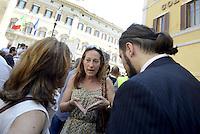 Roma, 18 Giugno 2013<br /> Piazza Montecitorio<br /> Manifestazione del Movimento 5 Stelle in appoggio a Beppe Grillo.<br /> Nella foto la senatrice Paola Taverna