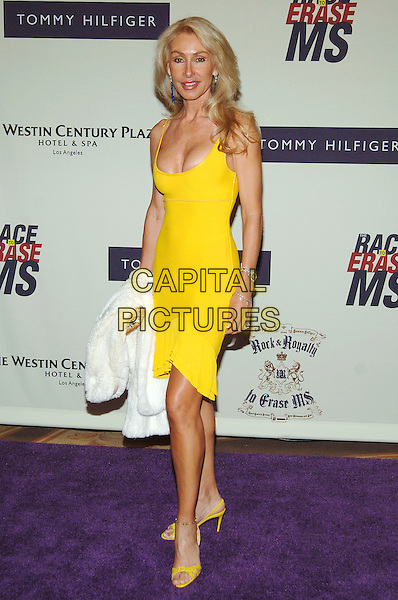 LINDA THOMPSON .12th Annual Race to Erase MS, Century Plaza Hotel, Century City, California, USA, .April 22nd 2005..full length yellow dress.Ref: ADM.www.capitalpictures.com.sales@capitalpictures.com.©J Wong/AdMedia/Capital Pictures.