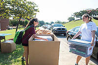 MVNU2MSU 2016. Move in action at Hurst Hall. <br />