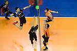 28.02.2018, Max Schmeling Halle, Berlin<br />Volleyball, 2018 CEV Volleyball Champions League, Vorrunde, Berlin Recycling Volleys (GER) vs. Jastrzebski Wegiel (POL)<br /><br />Angriff Wojciech Sobala (#11 Wegiel), Lukas Kampa (#10 Wegiel) - Block Graham Vigrass (#8 Berlin), Pierre Pujol (#18 Berlin)<br /><br />  Foto © nordphoto / Kurth