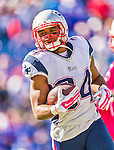 12 October 2014: New England Patriots running back Shane Vereen warms up prior to facing the Buffalo Bills at Ralph Wilson Stadium in Orchard Park, NY. The Patriots defeated the Bills 37-22 to move into first place in the AFC Eastern Division. Mandatory Credit: Ed Wolfstein Photo *** RAW (NEF) Image File Available ***
