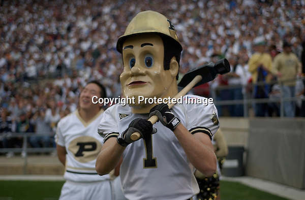 09 October 2004:  The Purdue Boliermaker mascot..Purdue defeated Penn State 20-13  October 9, 2004 at Beaver Stadium in State College, PA..Mandatory Credit: Randy Litzinger..