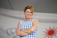 ZEILEN: WARTEN: 27-08-2016, Huldiging Marit Bouwmeester, presentator Jannewietske Annie de Vries politica van de Partij van de Arbeid, ©foto Martin de Jong