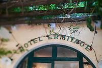 Europe/France/Provence -Alpes-Cote d'Azur/83/Var/Saint-Tropez: Ermitage Hôtel - Entrée et Enseigne