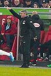 18.01.2020, Merkur Spielarena, Duesseldorf , GER, 1. FBL,  Fortuna Duesseldorf vs. SV Werder Bremen,<br />  <br /> DFL regulations prohibit any use of photographs as image sequences and/or quasi-video<br /> <br /> im Bild / picture shows: <br /> Friedhelm Funkel Trainer / Headcoach (Fortuna Duesseldorf), regt sich heftig auf, Gestik, Mimik, unzufrieden / enttaeuscht / niedergeschlagen / frustriert, <br /> <br /> Foto © nordphoto / Meuter