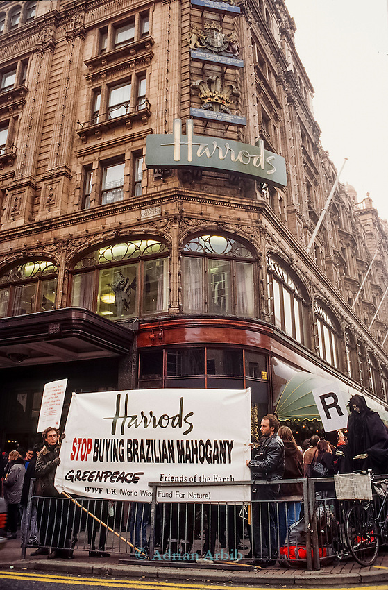 Activsts remove illegal mahogany products from Harrods