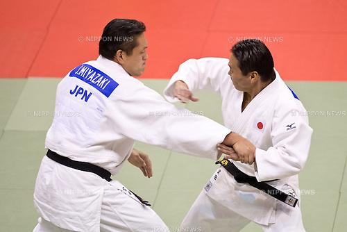 (R-L) Takeshi Takeda, Junichi Miyazaki (JPN), .SEPTEMBER 23, 2012 - Judo : .Takeshi Takeda and Junichi Miyazaki of Japan compete in the Goshin Jutsu during the Judo Kata World Championship 2012 at Sport Hall in Pordenone, Italy, (Photo by Enrico Calderoni/AFLO SPORT) [0391]