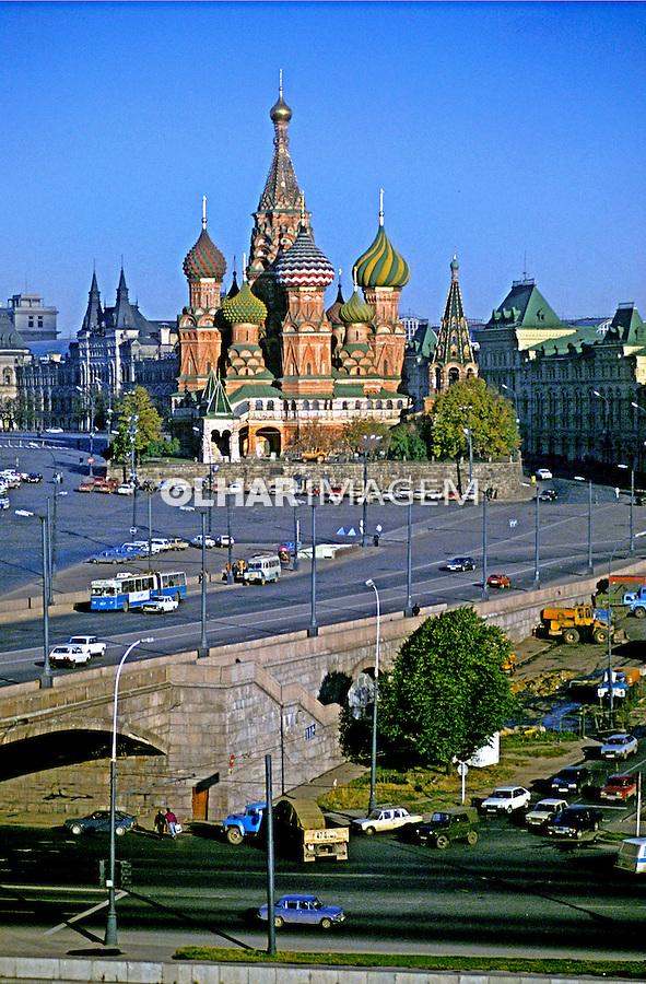 Catedral de São Basílio na Praça Vermelha, Moscou. Russia. 1994. Foto de Rogério Reis.