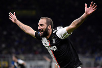 Gonzalo Higuain of Juventus celebrates after scoring the goal of 1-2 for his side<br /> Milano 6-10-2019 Stadio Giuseppe Meazza <br /> Football Serie A 2019/2020 <br /> FC Internazionale - Juventus FC <br /> Photo Federico Tardito / Insidefoto