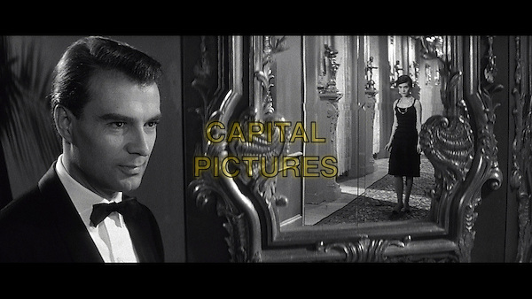 Giorgio Albertazzi, Delphine Seyrig  <br /> in Last Year at Marienbad (1961) <br /> (L'annee derniere a Marienbad)<br /> *Filmstill - Editorial Use Only*<br /> CAP/FB<br /> Image supplied by Capital Pictures