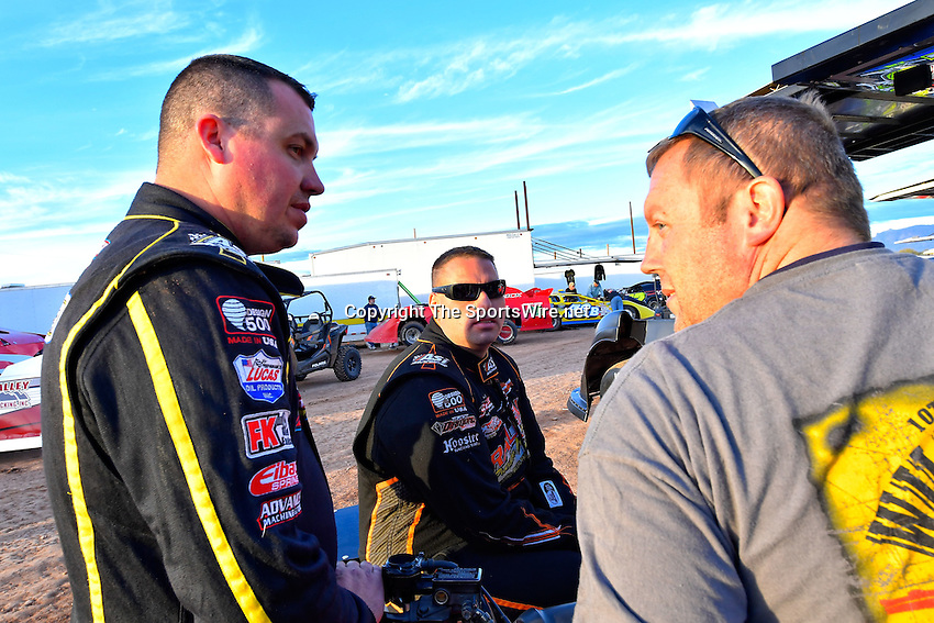 Jan 7, 2017; 4:58:23 PM; QUEEN CREEK, AZ., USA; 11th Annual Keyser Manufacturing Wild West Shootout at Arizona Speedway presented by O'Reilly Auto Parts. Mandatory Credit: (thesportswire.net)