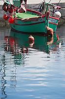 Europe/France/2A/Corse du Sud/Ajaccio: Pointus sur le port de pêche