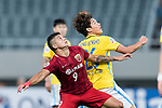 Jiangsu FC Defender Hong Jeongho (R) in action against Shanghai FC Forward Elkeson De Oliveira Cardoso (L) during the AFC Champions League 2017 Round of 16 match between Shanghai SIPG FC (CHN) vs Jiangsu FC (CHN) at the Shanghai Stadium on 24 May 2017 in Shanghai, China. Photo by Marcio Rodrigo Machado / Power Sport Images