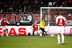 Nederland, Alkmaar, 5 maart 2009..KNVB Beker.Seizoen 2008-2009.AZ-NAC (1-2).Anthony Lurling van NAC (2e van r) scoort de 1-2.