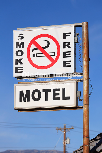A motel sign advertising smoke free.
