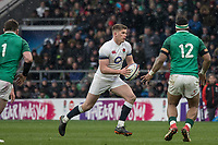Twickenham, United Kingdom.   Natwest 6 Nations : England vs Ireland. Owen Farrell in open play, at the  RFU Stadium, Twickenham, England, <br />
