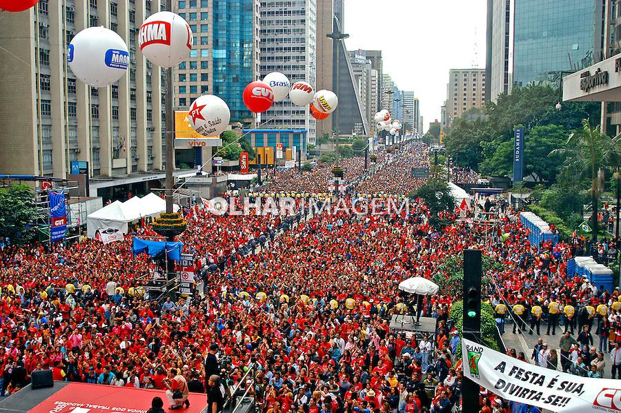 Festa do dia do trabalho, 1º de Maio na Avenida Paulista. São Paulo. 2005. Foto de Thais Falcão.