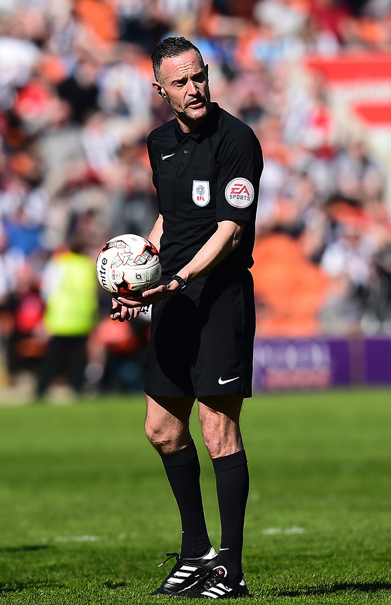 Referee Darren Deadman looks on<br /> <br /> Photographer Richard Martin-Roberts/CameraSport<br /> <br /> The EFL Sky Bet League Two - Blackpool v Grimsby Town - Saturday 8th April 2017 - Bloomfield Road - Blackpool<br /> <br /> World Copyright &copy; 2017 CameraSport. All rights reserved. 43 Linden Ave. Countesthorpe. Leicester. England. LE8 5PG - Tel: +44 (0) 116 277 4147 - admin@camerasport.com - www.camerasport.com