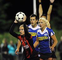 KORFBAL: GROU: Sportpark Meinga, 13-09-2012, Mid-Fryslân - SCO, Eindstand 12-10, Janny Huitema (#6), Janneke Bergsma (#29), ©foto Martin de Jong