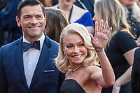 Mark Consuelos and Kelly Ripa arrive on the red carpet of The 90th Oscars&reg; at the Dolby&reg; Theatre in Hollywood, CA on Sunday, March 4, 2018.<br /> *Editorial Use Only*<br /> CAP/PLF/AMPAS<br /> Supplied by Capital Pictures