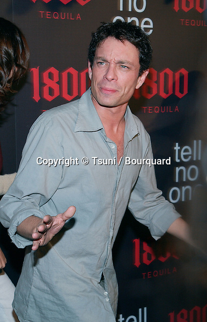 "Chris Kattan (Saturday Night Life) arriving ""At Tell No One, talent party promoting the 1800 Tequila""  at the Chatau Marmont in Los Angeles. May, 2nd 2002.             -            KattanChris10.jpg"