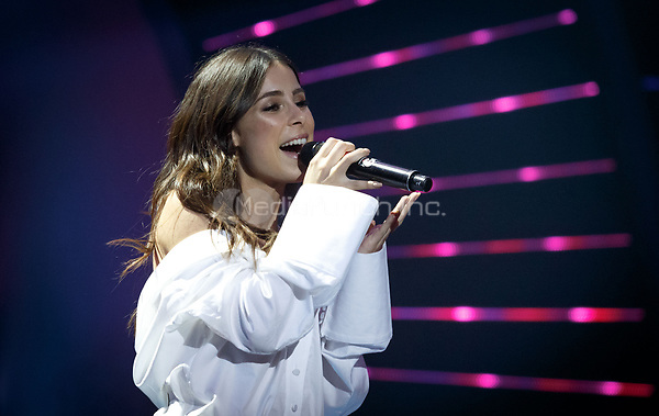 Lena Meyer-Landrut performs at the first Global Citizen Festival concert in Hamburg, Germany, 6 July 2017. Photo: Sina Schuldt//dpa /MediaPunch ***FOR USA ONLY***