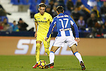 CD Leganes' Victor Diaz (r) and Villarreal CF's Samu Castillejo during La Liga match. December 3,2016. (ALTERPHOTOS/Acero)