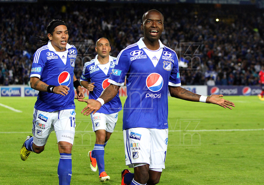 BOGOTA -COLOMBIA- 04-08-2013. Wason Renter&iacute;a   de Millonarios  celebra su gol  contra  el Independiente Medellin    ,  partido correspondiente a la Liga Postob&oacute;n segundo semestre disputado en el estadio Nemesio Camacho El Campin     / Millionaires Wason Renter&iacute;a celebrates his goal against Independiente Medellin, game in the second half Postob&oacute;n Liga match at the Estadio Nemesio Camacho El Campin<br />  . Photo: VizzorImage /Felipe Caicedo  / STAFF