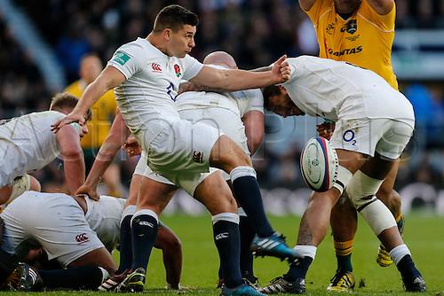 03.12.2016. Twickenham, London, England. Autumn International Rugby. England versus Australia.  Ben Youngs of England box kicks.   Final score: England 37-21 Australia.
