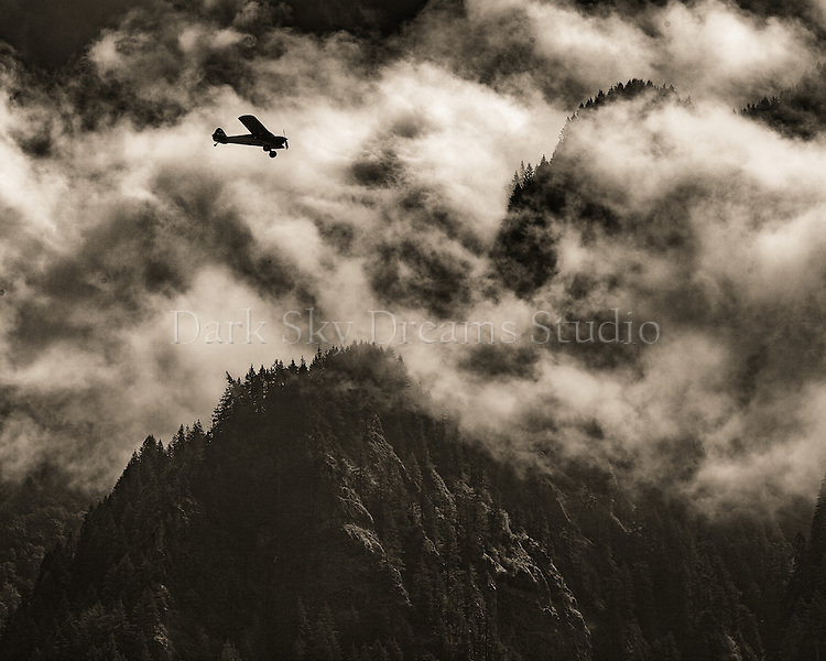 Flying Columbia River Gorge