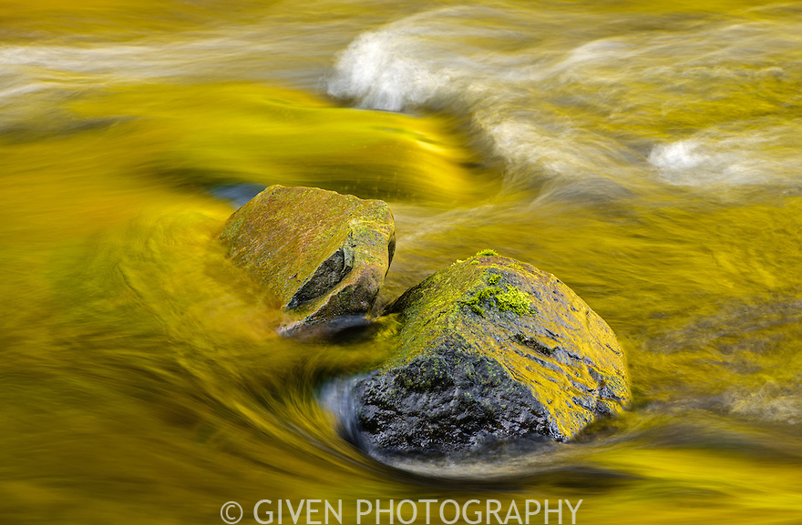 Boulders in river, Columbia Gorge, Oregon