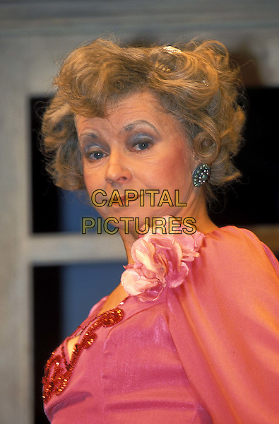 PRUNELLA SCALES.ref: 8382/2104I.www.capitalpictures.com.sales@capitalpictures.com.© Capital Pictures