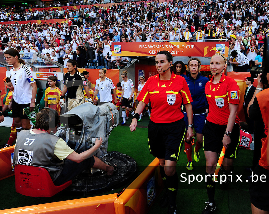 Fifa Women's World Cup Germany 2011 : France - Germany ( Frankrijk - Duitsland ) at Munchengladbach World Cup stadium : referee Dagmar DAMKOVA (links) en Anu JOKELA.foto DAVID CATRY / Vrouwenteam.be