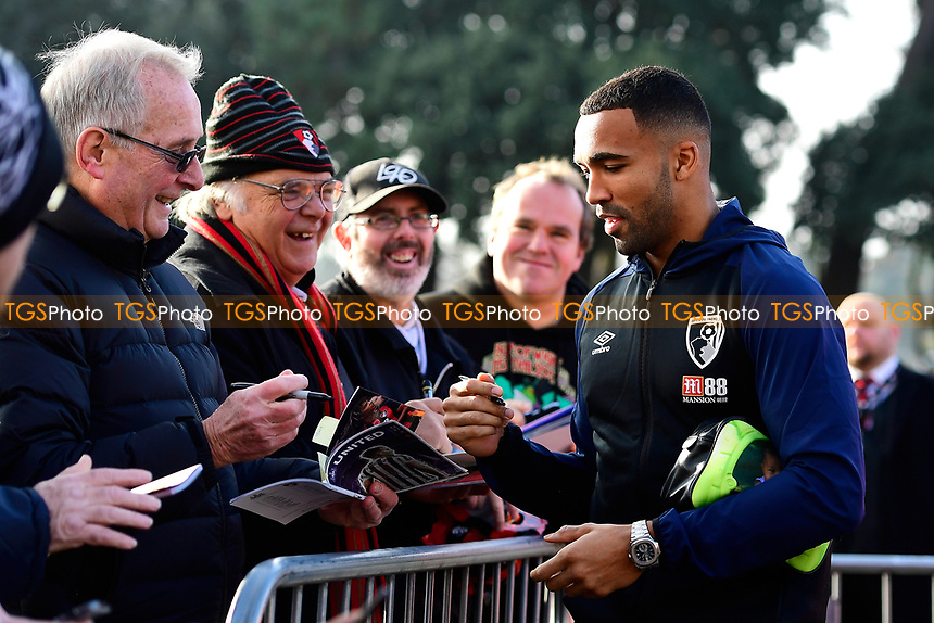 Callum Wilson of AFC Bournemouth shares a joke with fans on signing an autograph during AFC Bournemouth vs Arsenal, Premier League Football at the Vitality Stadium on 25th November 2018