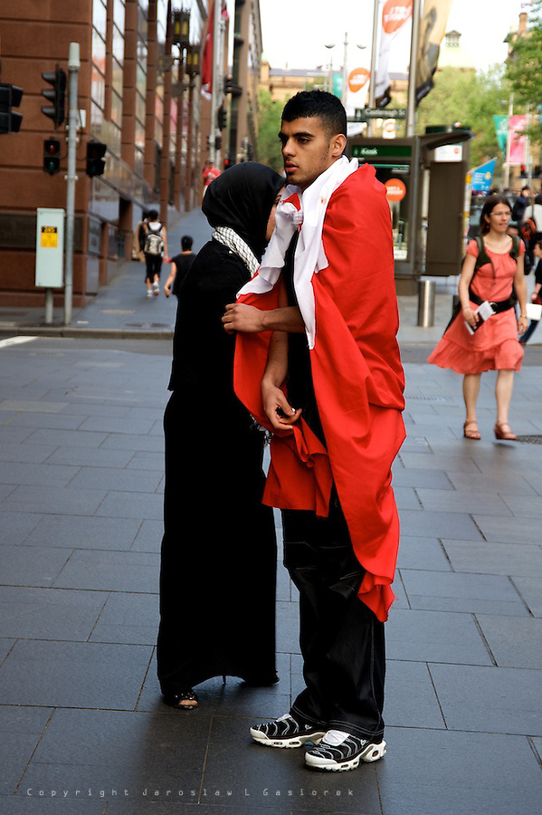 Australian-Bahraini human right activists protest in front of US consulate in Martin Place, demanding the United States stand by the democratic movement in the Gulf state, instead empowering the tyrannical rulers of Bahrain. Sydney 23.09.11.