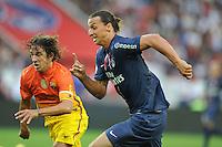 Zlatan Ibrahimovic (PSG) vs Carles Puyol (Barcelone).Parigi, 04/08/2012.Trofeo di Parigi .Paris Saint Germain vs FC Barcellona.foto Insidefoto / Jean Bibard / Panoramic ..Italy Only