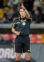 Fussball, 2. Bundesliga, Saison 2011/12, SG Dynamo Dresden - MSV Duisburg, Freitag (24.02.12), gluecksgas Stadion, Dresden. Schiedsrichter Osmers Harm.