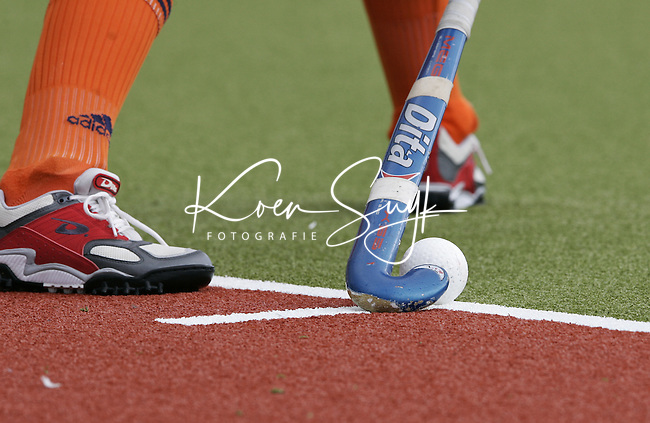 NLD-20050819-DUBLIN- EK HOCKEY dames. Halve Finale; Nederland-Engeland. Strafcorner .ANP FOTO/KOEN SUYK