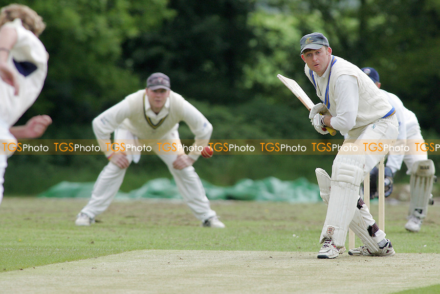 Hatfield Peverel CC vs Bentley CC - 21/05/05 - MANDATORY CREDIT: Gavin Ellis/TGSPHOTO - SELF-BILLING APPLIES WHERE APPROPRIATE. NO UNPAID USE -  Tel: 0845 0946026