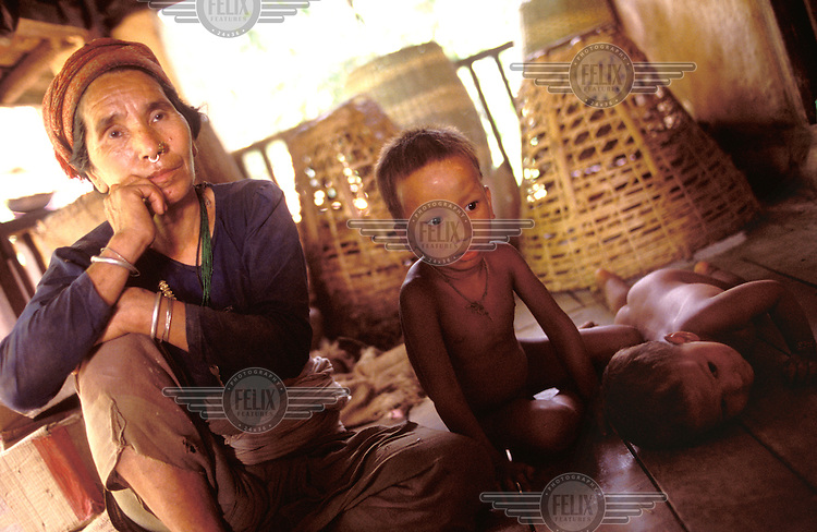 © Dermot Tatlow / Panos Pictures..NEPAL