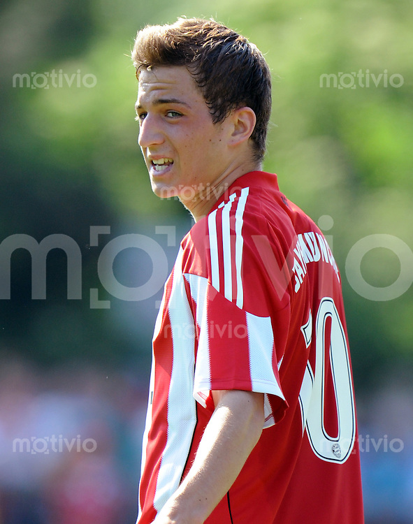 FUSSBALL  1. BUNDESLIGA   SAISON 2010/2011  TESTSPIEL Fanclub Lohner Bayern Union - FC Bayern Muenchen     26.06.2010 Christoph KNASMUELLER (FC Bayern Muenchen)