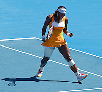 Serena Williams (USA) (1) against Na Li (CHN) (16) in the Semi-Final of the Womens Singles. Wiliams beat Li 7-6 7-6..International Tennis - Australian Open Tennis - Thur 28  Jan 2010 - Melbourne Park - Melbourne - Australia ..© Frey - AMN Images, 1st Floor, Barry House, 20-22 Worple Road, London, SW19 4DH.Tel - +44 20 8947 0100.mfrey@advantagemedianet.com