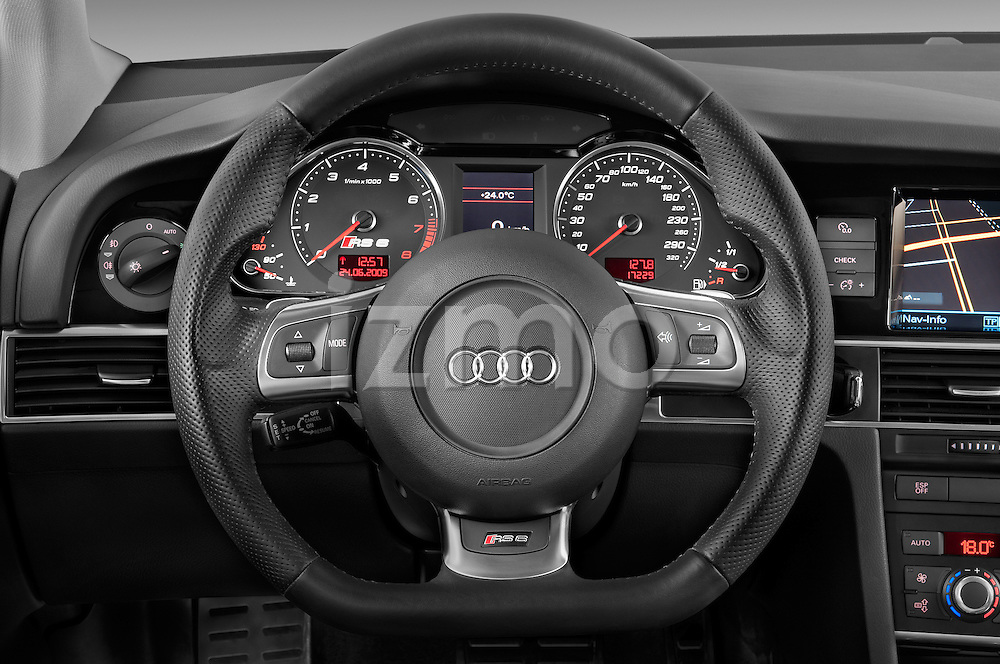 Steering wheel view of a 2008 - 2013 Audi RS6 5 Door Wagon 4WD.
