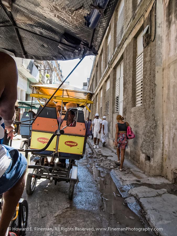 Bike taxis to Old Havana markets