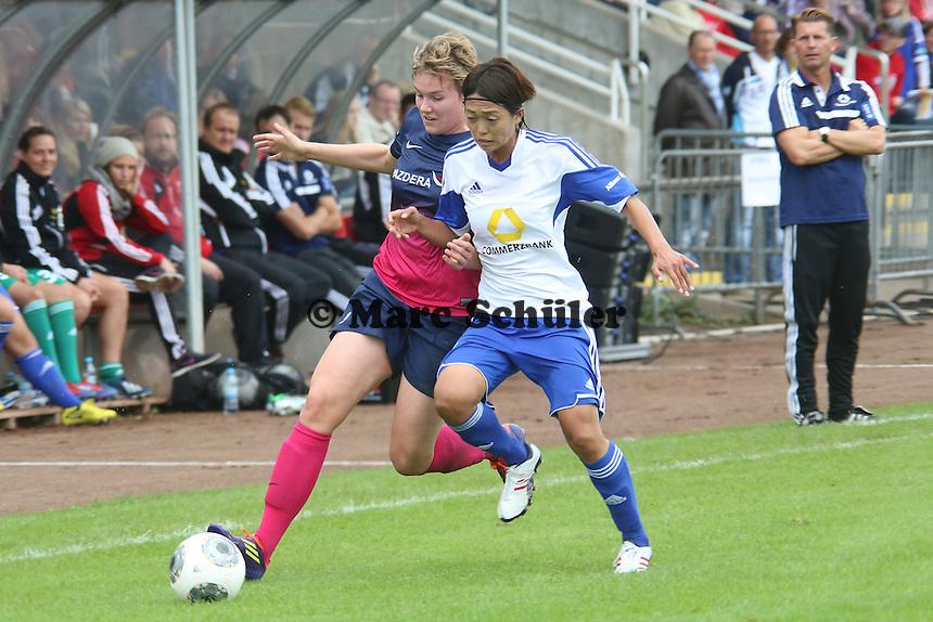 Isabelle Wolf (SGS) gegen Kouze Ando (FFC) - 1. FFC Frankfurt vs. SG Essen-Schönebeck