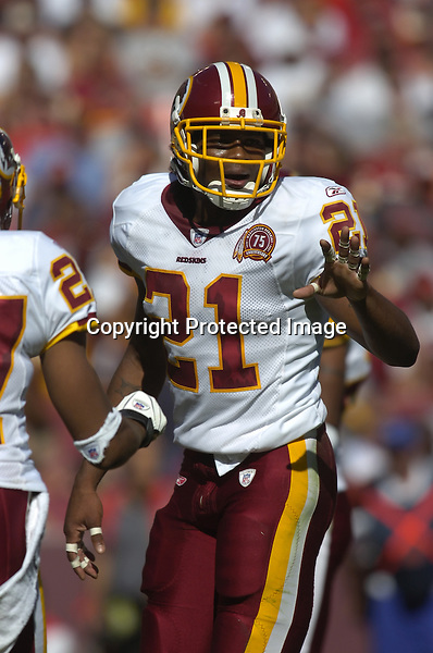 21 October 2007:  Redskins safety Sean Taylor (21)..The Washington Redskins defeated the Arizona Cardinals 21-19 at FedEx Field in Landover, MD.